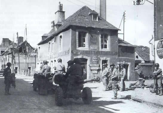 Carentan, 1944 Carentan_rue_houlgate