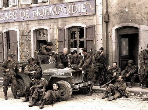 101 506 Easy Company http://www.dday-overlord.com/band_of_brothers_photos.htm