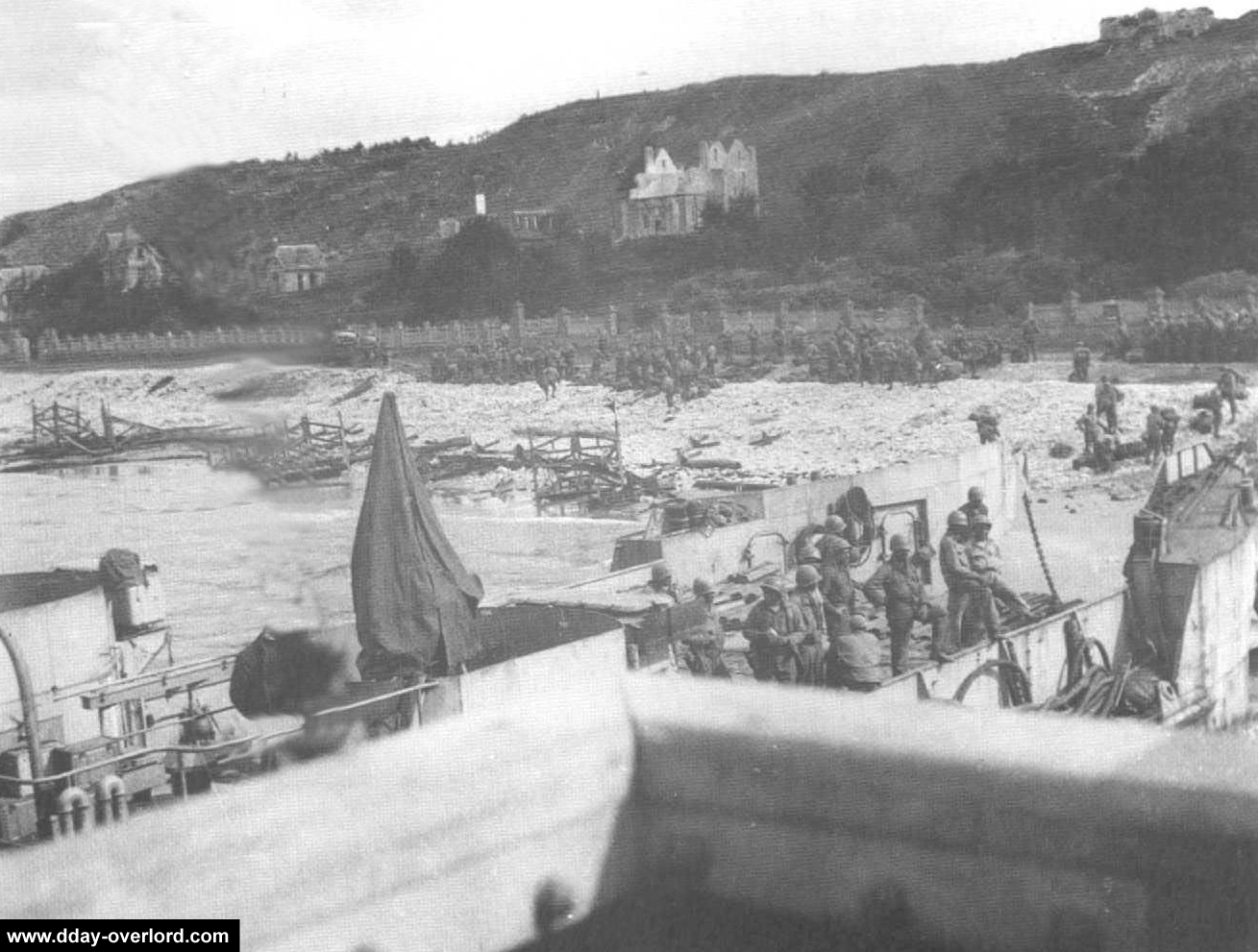 d day omaha beach photos