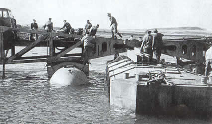 Battle of normandy widening of the beachhead 2nd part - Port artificiel d arromanches construction ...