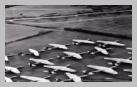 Image : Au nord-ouest de l'aérodrome RAF Broadwell, des planeurs Airspeed Horsa sont au parking en attendant le Jour J.