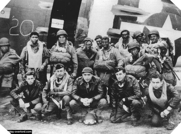 Image : Pathfinders de la 101st Airborne Division - Stick 2 - 377th PFAB