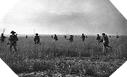 Images : Les soldats du 43rd Wessex Infantry Division se lancent à l'assaut