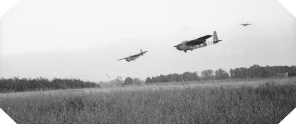Image : Les opérations aéroportées anglo-canadiennes en Normandie - 6 juin 1944