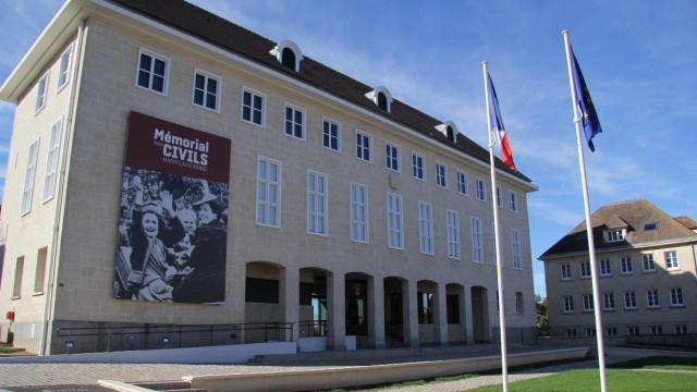 Mémorial des Civils dans la Guerre - Falaise