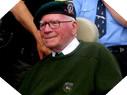 Image : Bill Millin en juin 2010 au cours des commémorations en Normandie à Colleville-Montgomery