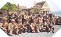 Image : Soldats français et collectionneurs à Vierville sur Mer (6 juin 2003)