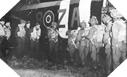 Image : Embarquement de parachutistes dans un avion Britannique le 5 juin 1944 au soir