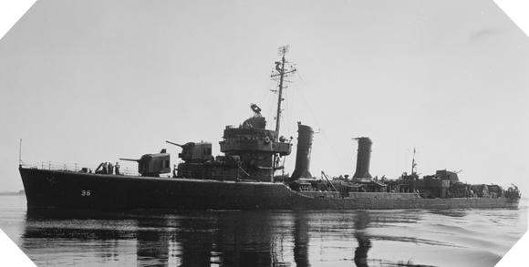 Image : USS McCook