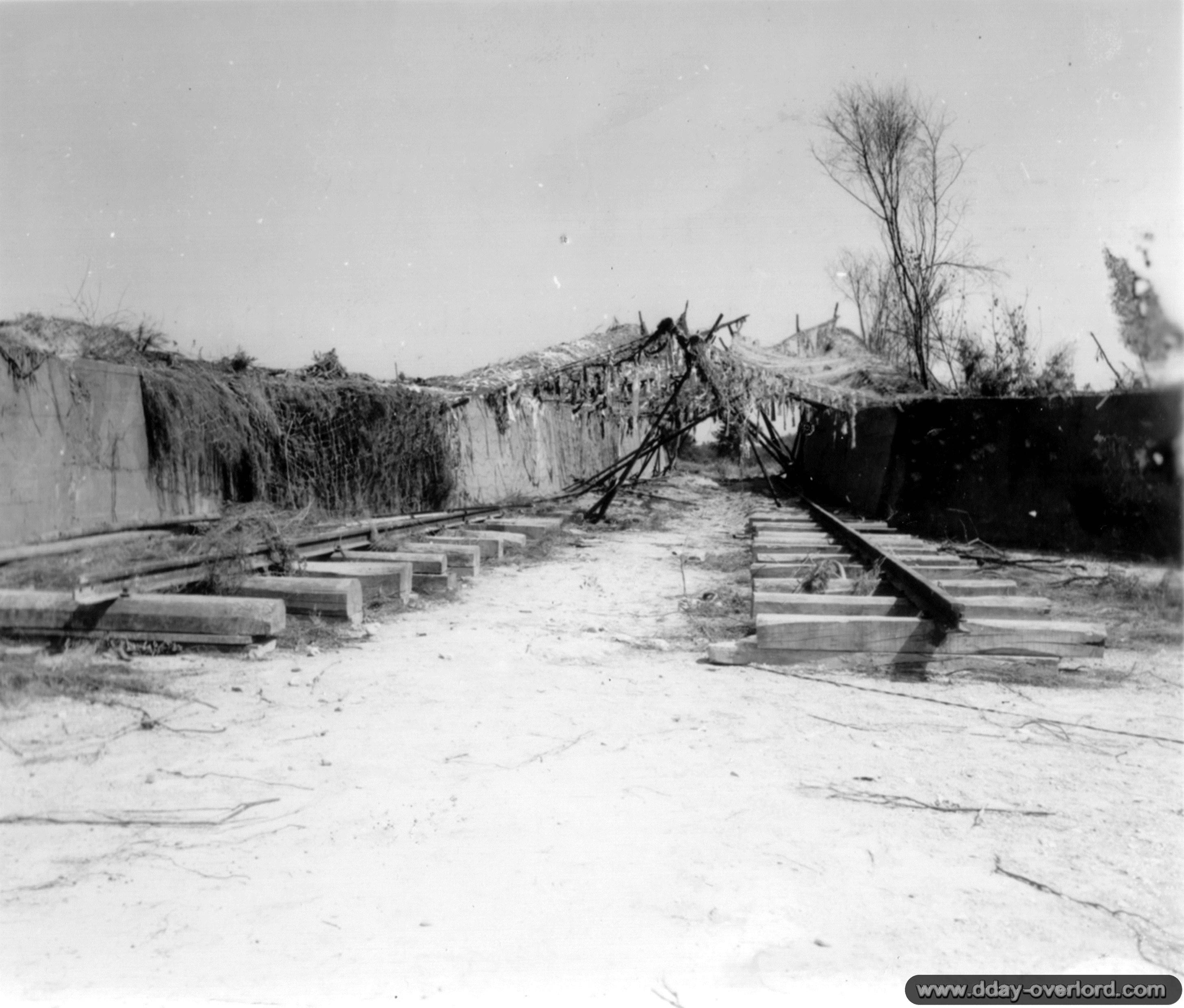 Photos du Mesnil au Val pendant la bataille de Normandie dans le ...