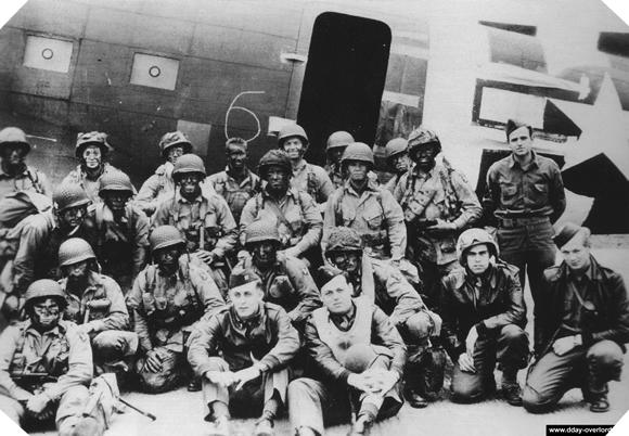 Image : Pathfinders de la 101st Airborne Division - Stick 3 - 501st PIR