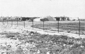 Photo du bunker du casino ayant été attaqué le 6 juin 1944 par les Français à Ouistreham Riva-Bella
