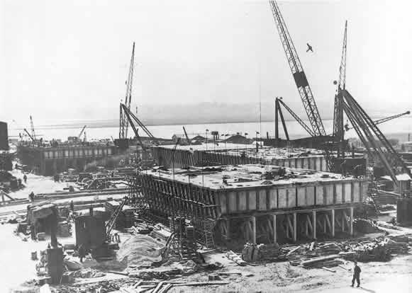 Photos du port artificiel mulberry b arromanches gold beach - Port artificiel d arromanches construction ...