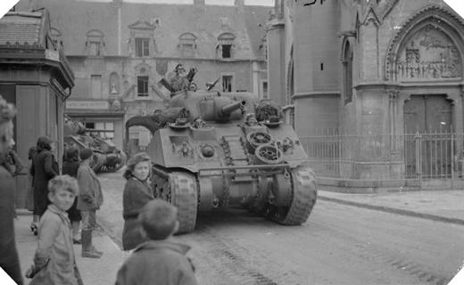 Image : Douvres-la-Délivrande, 7 juin 1944