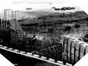 Image : Vestiges du Wn 66 visités par un soldat américain après le débarquement