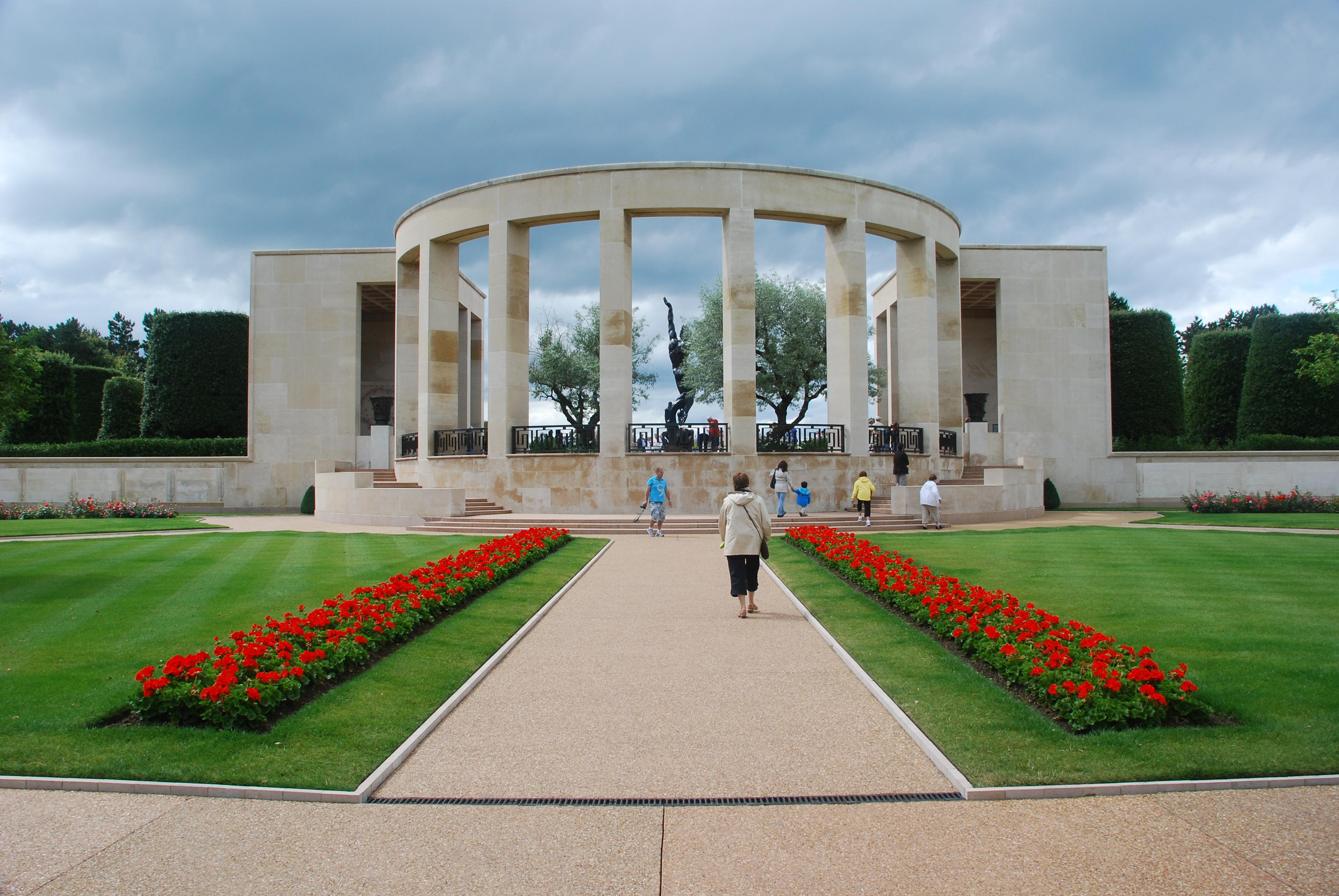 Jardin À L Américaine photos of the american military cemetery of colleville-sur