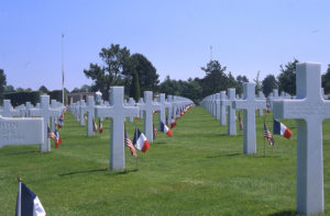 Pictures and location of the military cemeteries in Normandy